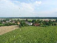 Výhled z rozhledny na obec Žandov [autor: Pavel Rotrekl]