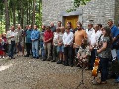 6.8.2010 Lidé, kteří se podíleli na stavbě rozhledny [autor: Pavel Vondrášek]