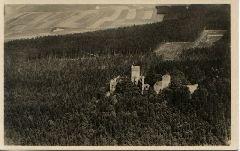 Historická letecká pohlednice hradu