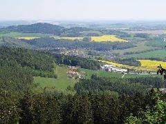 30.4.2009 Výhled směrem na Zlatou Korunu [autor: Pavel Vondrášek]