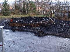 4.1.2012 Po Hýlačce zbylo jen spáleniště [autor: Pavel Vondrášek]
