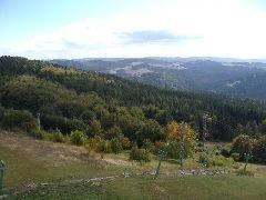 15.9.2007 Výhled z rozhledny směrem na Svrateckou pahorkatinu [autor: Radek Ševčík]