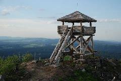 Květen 2013 Rozhledna Knížecí stolec u Želnavy [autor: Petr Kohl]
