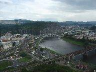 Výhled z rozhledny na údolí Labe, Mariánskou skálu, nádraží a část města Ústí nad Labem [autor: Pavel Rotrekl]